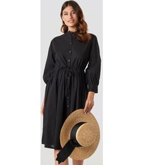 na-kd boho drawstring buttoned shirt dress - black
