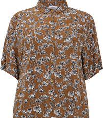 blommig skjorta med kort ärm