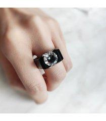 czarny pierścionek z cyrkonią 10mm!