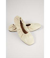 na-kd shoes ballerina med rynk - beige