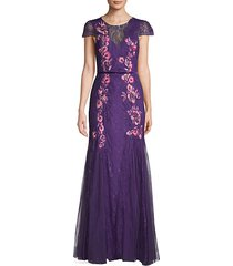 lace embroidery cap-sleeve gown