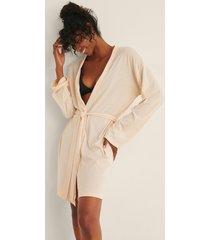na-kd lingerie soft comfort kort morgonrock - beige