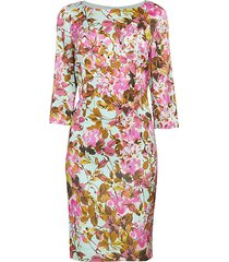 modern silk three quarter-sleeve dress