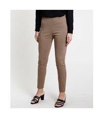 calça feminina legging cintura média com friso bege