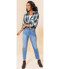 women's moe vintage fray straight jeans in denim by francesca's - size: 9