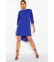 loshangende jurk met driekwart mouwen en langere achter zoom, cobalt