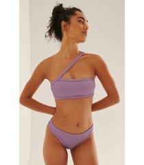 na-kd swimwear ribbstickad bikinitrosa med medium midja och dragsko - purple