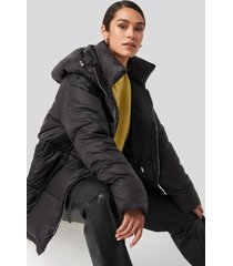 na-kd trend drawstring padded jacket - black