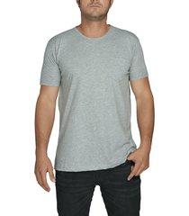 camiseta gris luck & load cuello redondo con bolsillo