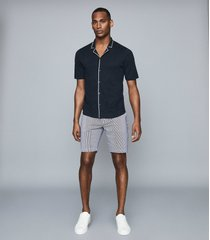 reiss stan - seersucker striped shorts in blue/white, mens, size 38