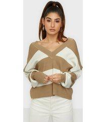 object collectors item objkleo cropped l/s knit pullover p stickade tröjor