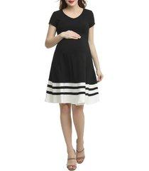 women's kimi and kai theresa colorblock maternity skater dress, size large - black