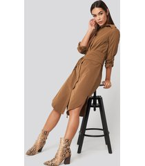trendyol midi belted shirt dress - brown