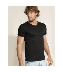 camiseta masculina super slim manga curta gola v preta