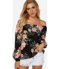blusa de manga larga con hombros descubiertos y estampado floral al azar en negro