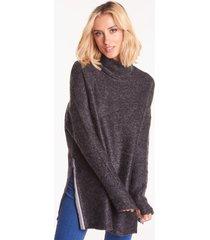 wełniany sweter oversize z golfem