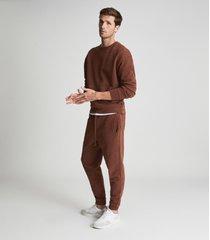 reiss alistar - oversized garment dye sweatshirt in rust, mens, size xxl