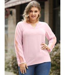 blusa de manga larga de retazos de malla con cuello en v y talla grande