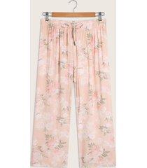 pantalón capri con cordón en pretina-14