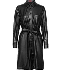 kelana-1 knälång klänning svart hugo