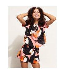camisa feminina cropped estampada de tucanos manga curta multicor