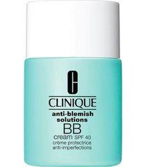 bb cream anti-blemish solutions fps 40 clinique - base para rosto light