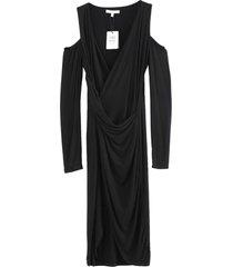 vestido sin hombros negro nicopoly