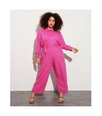 macacão plus size com bolsos e faixa para amarrar manga bufante mindset rosa escuro