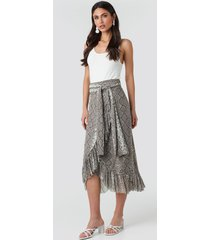 na-kd trend mesh tied waist ankle skirt - beige