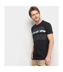 camiseta hang loose silk leaves masculina