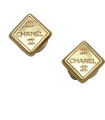 chanel cc push back earrings gold sz: