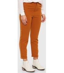 pantalón marrón kill pipo