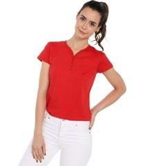 camiseta con botones de mujer licrada-rojo polovers