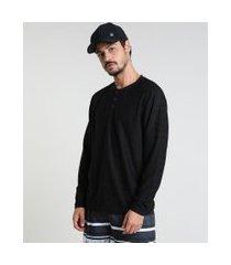 camiseta masculina texturizada manga longa gola portuguesa preta