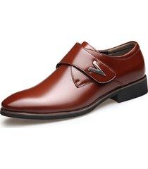 scarpe formali con velcro