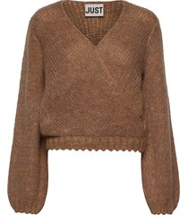 dolly wrap knit gebreide trui bruin just female