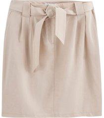 rak, halvlång kjol i lyocell
