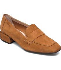 c-5020 loafers låga skor beige wonders