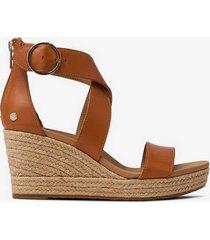 sandalett w hylda