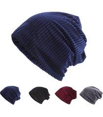 berretto da donna in cotone etnico in velluto con berretto invernale