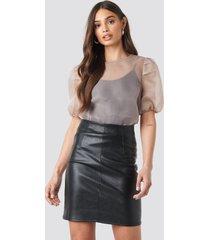 na-kd trend high waist short pu skirt - black