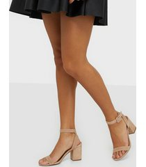 steve madden malia suede sandal high heel