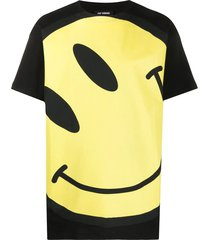 oversize smiley face t-shirt