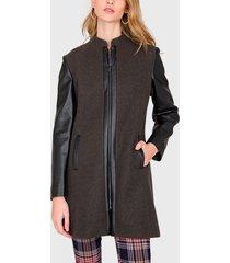 abrigo ash marrón - calce regular