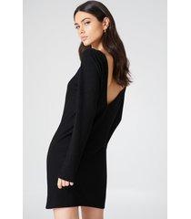 na-kd deep back long sleeve dress - black
