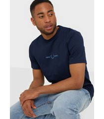 fred perry graphic t-shirt t-shirts & linnen blue