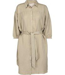 makira linen dress