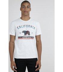 "camiseta masculina ""california"" manga curta gola careca bege claro"