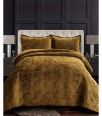 capri medallion velvet oversized solid 3 piece quilt set, king