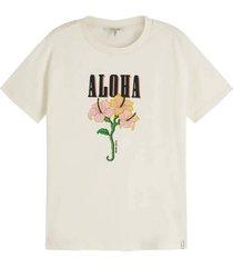 t-shirt artworks gebroken wit